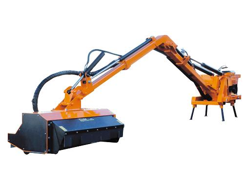 Professional range - Hedge-cutter with maximum reach 7,20 m suitable for medium and big tractors